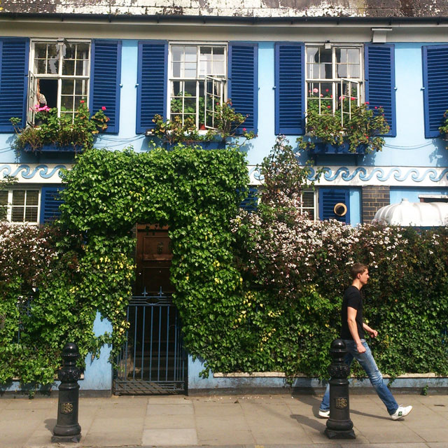 Notting Hill & Portobello Road Market (2)